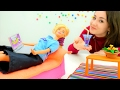 Поднимаем Барби настроение! Видео для девочек. Одевалки и куклы