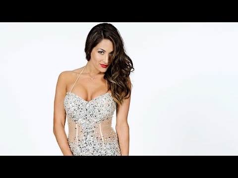 """John Cena, others react to Nikki Bella's """"Dancing with the Stars"""" debut"""