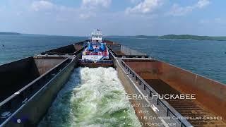 Barge on Kentucky Lake [4K]