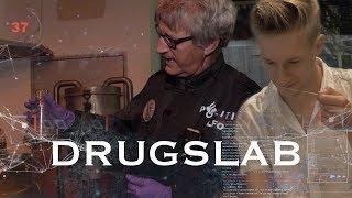 Hoe Herken Je Een Drugslab? | Tim Bloemers - Politie & Om