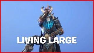Tilted Tower: Living Large!! - Fortnite Battle Royale Gameplay - 2WENTY5IVE