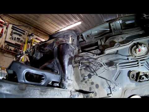Volkswagen polo  Ремонт номерной четверти, сборка морды