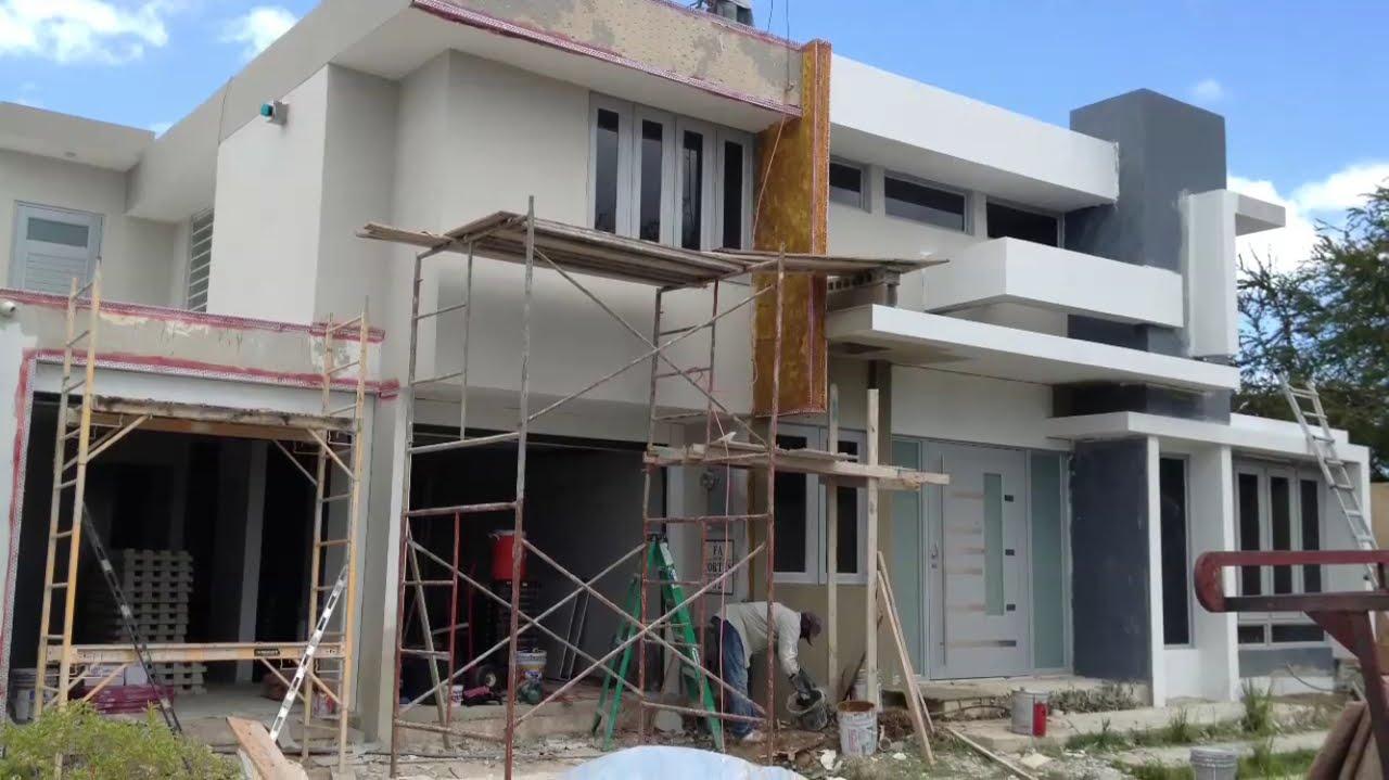 Remodelaci n fachada estancias de san fernando home for Fotos fachadas casas modernas puerto rico