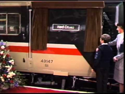 STATIONS : Paddington : Train naming ceremony