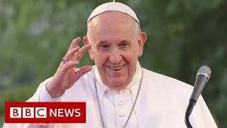 Pope Francis gives mass to huge crowd on final day of Slovakia visit - BBC News
