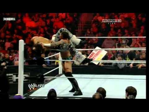 WWE Monday Night Raw - 01.31.2011 - Raw Rumble - Part 1