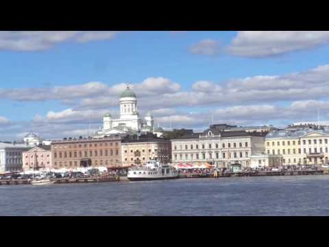 Experience the sites of Helsinki via boat with Eva's Best Luxury Travel!