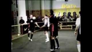Руни против Роналду joga bonito HD(Специально для сайта http://football-life.org http://football-life.org - Новости футбола, прямые видео трансляции и обзоры матчей,..., 2013-03-07T11:53:28.000Z)