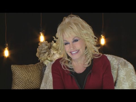 EXCLUSIVE: Dolly Parton Dishes on...