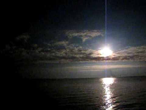 space shuttle landing at night - photo #43