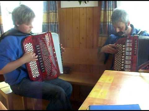 stoss und illgau am musizieren