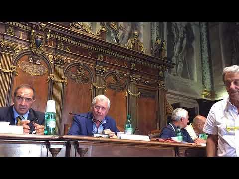 10 - Intervento di Mauro Galeotti, direttore quotidiano lacitta.eu e consegna ciuffo Volo d'Angeli