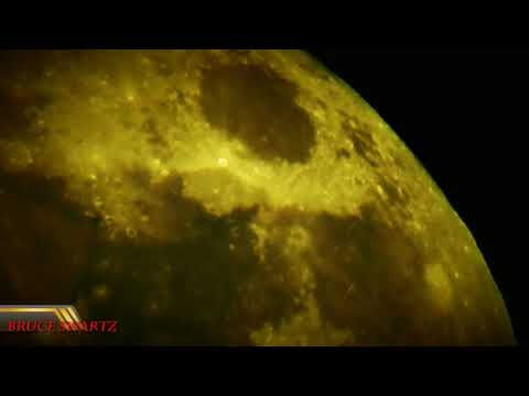 Electrical fields and Lights Flickering At Different Rates P900 Mysterious Moon