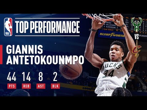 Bucks - Giannis Antetokounmpo matches career high in points scored