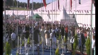 Jalsa Salana UK 2012: Flag Hoisting
