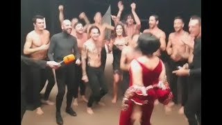 Çfarë nuk u pa nga Kënga Magjikë, Aurela Gaçe zhvishet dhe…