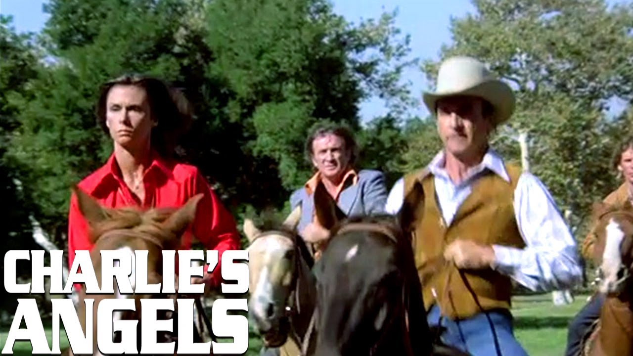 The Angels' Horseback Chase | Charlie's Angels