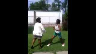 Repeat youtube video Big girl gets body rocked in Parkhill. Louisville, KY!!!!!!