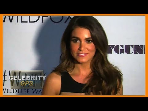 Nikki Reed stands by her man - Hollywood TV