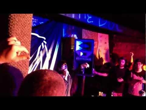 Summit (feat. Ellie Goulding) - Skrillex vs. Porter Robinson @ OWSLA/Beatport SXSW 2012 Showcase