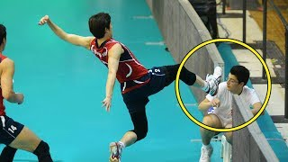 Crazy Volleyball Accident (HD)