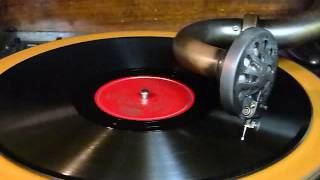 ORIENTAL STRUT (LOUIS ARMSTRONG and his HOT FIVE)