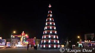 Новогодняя искусственная каркасная елка Ожерелье