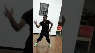 o senyorita surya jyothika dance tamil song free style oru mazhaikalathil dance mode
