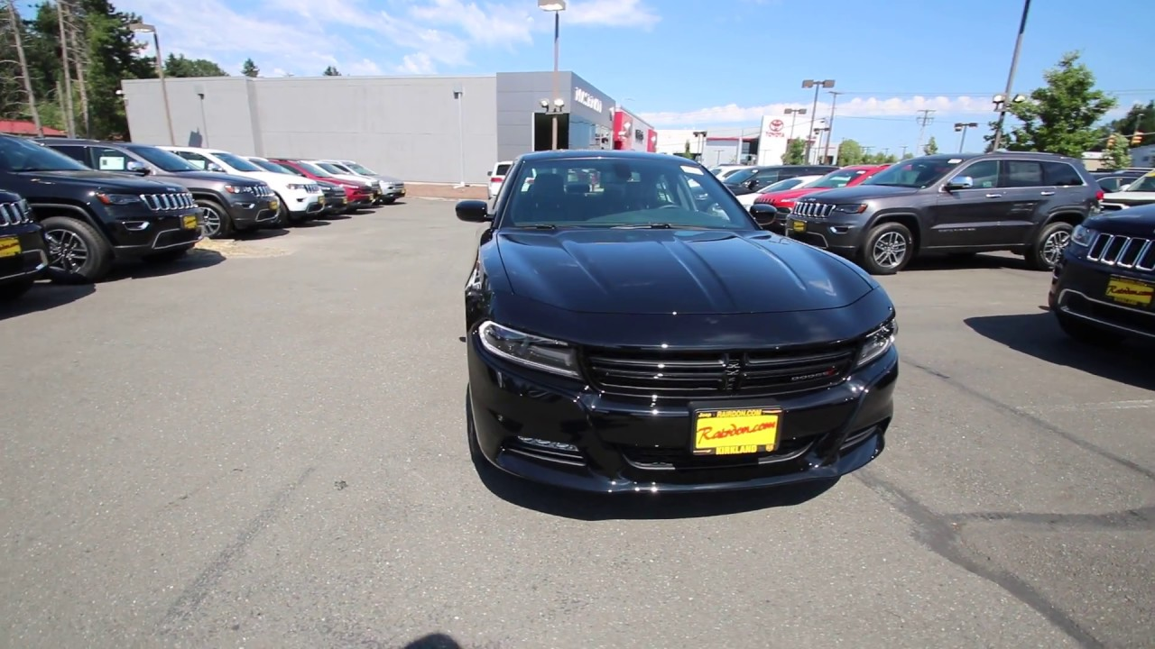 2017 Dodge Charger SXT | Pitch Black Clearcoat | HH643646 ...