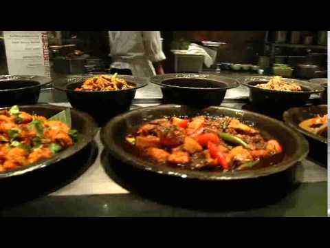 Devour.TV Travel: The Straits Kitchen, Singapore (#2644)