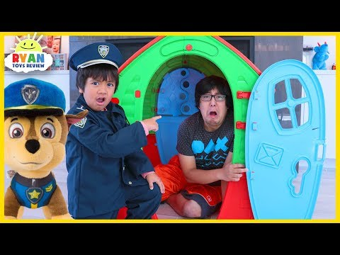 ryan-pretend-play-police-with-paw-patrol-chase-help-daddy-learn-good-habits-for-kids!