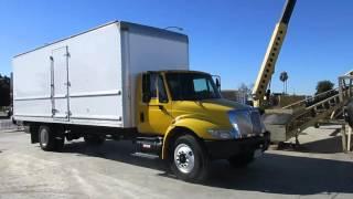 2007 International 26ft box truck for public auction