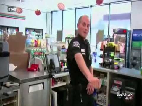 "Utah Cop Caught Dancing Doing The ""Whip"" & ""Nae Nae"" Inside A 7/11"