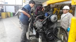 Reparación de motor cummins ISM 400, de un camión Internacional 760...