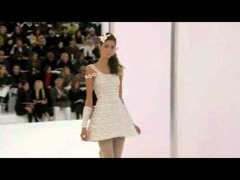 Chanel Spring 2006 Haute Couture Fashion Show (full)