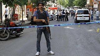 داعش يقتل جندياً تركياً والمدفعية التركية تردّ      24-7-2015