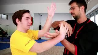 Mauro, la danza dell'airone. Wing Chun, praticante ipovedente