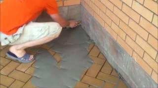 видео Укладка клинкерной брусчатки —