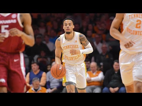 college-basketball-rankings:-tennessee-and-duke-at-the-top,-michigan-falls-(jan-21)
