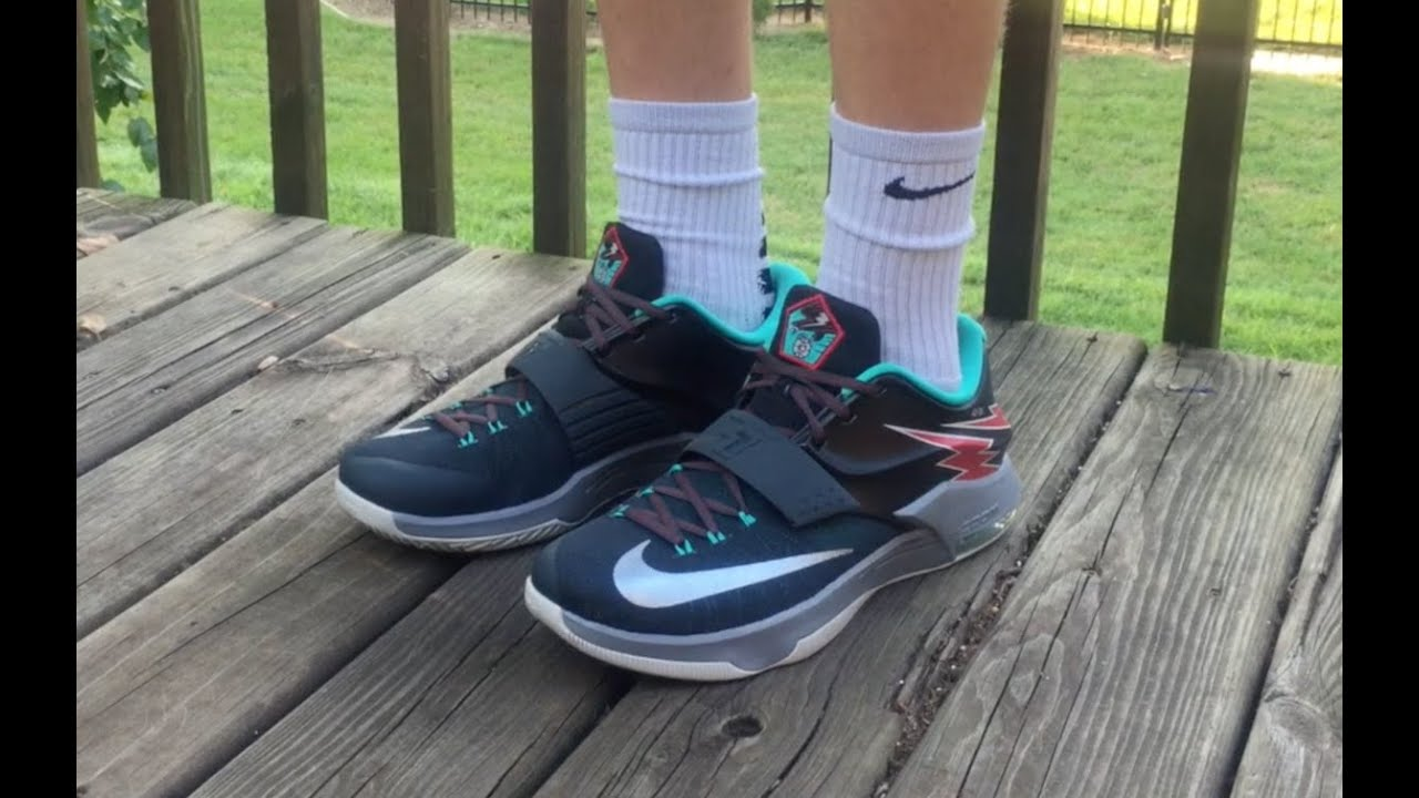 NIKE KD 7  FLIGHT  REVIEW AND ON FOOT - YouTube c023e177f2