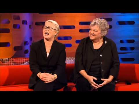 Graham Norton  2007S1xE19 Cagney & Lacey, Natalie Imbrugliapart 1