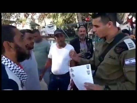 شاهد: كيف تمهل إسرائيل سكان قرية خان الأحمر أسبوعا ليهدموا بيوتهم بأيديهم وإلا...…  - نشر قبل 12 دقيقة