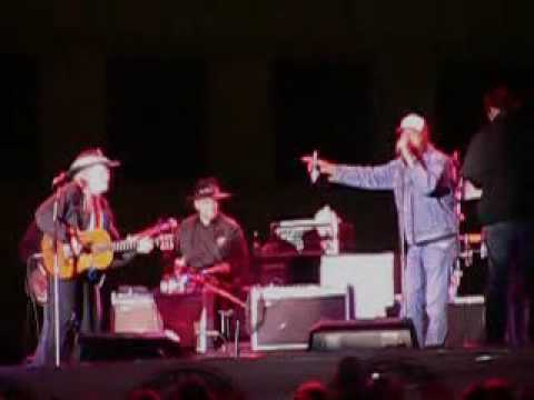 Willie Nelson, Kid Rock - Shotgun Willie @ Detroit Hoedown