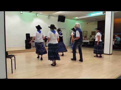 Download Blaubard Dance Squad  - Rote Rosen werden Blühn Dir allein , überall -DSCF1363