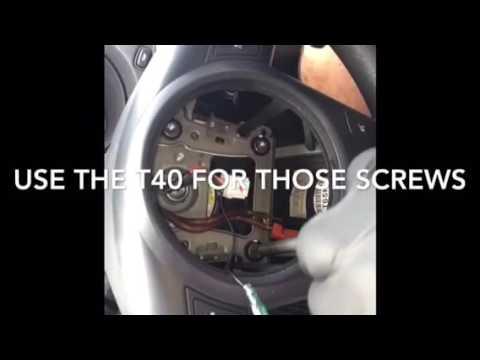 Kia Forte Koup / NRG steering wheel , short hub  quick release