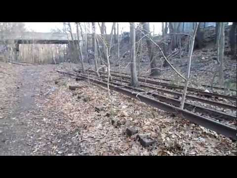A Walk on the ROW of the Abandoned LIRR Rockaway Branch by Union Turnpike, Queens, NY