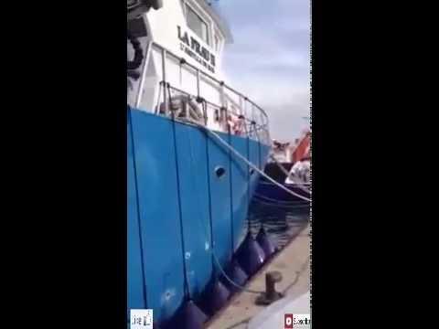 شاهد ادخم  لمراكب لصيد سمك في لمناء 2016