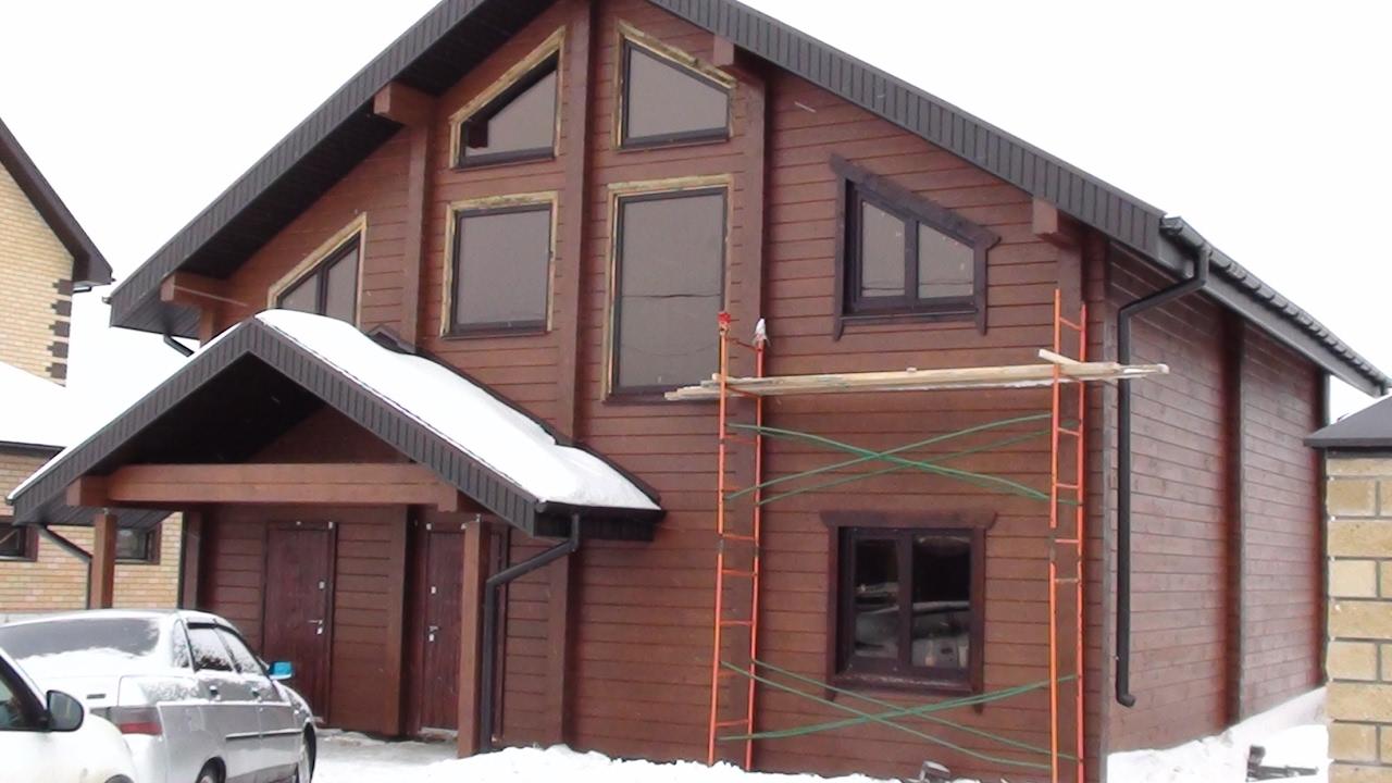 Вас интересуют готовые деревянные дома из профилированного бруса?. У нас налажено собственное производство комплектов бань и домов.