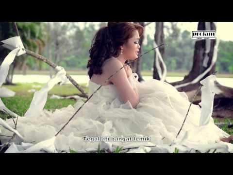 Urang Ketiga - Penny Prescilla (Official MTV)