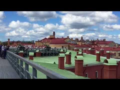 Saint - Petersburg. Daily midday shot gun